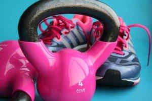 Czy kobiety powinny wybierać buty sportowe?